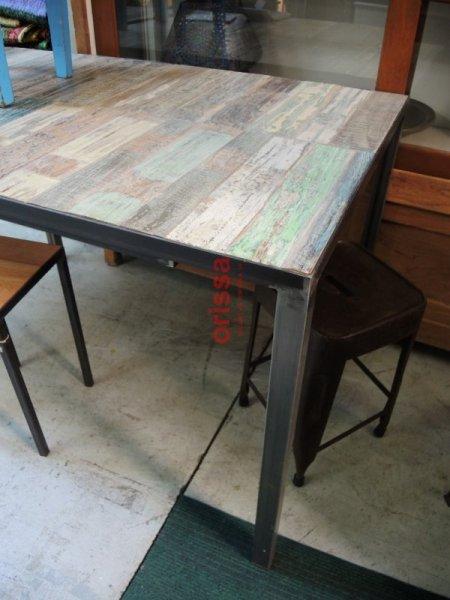Arredi tavoli sedie pub bar taverne ristoranti bed and - Tavoli in legno e ferro ...
