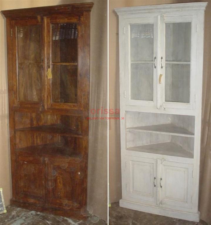 Angoliera coloniale in legno masselo or045 orissa milano for Vendita specchi milano