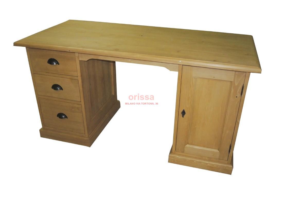 Scrivania legno massello with scrivania etnica for Mobile da scrivania