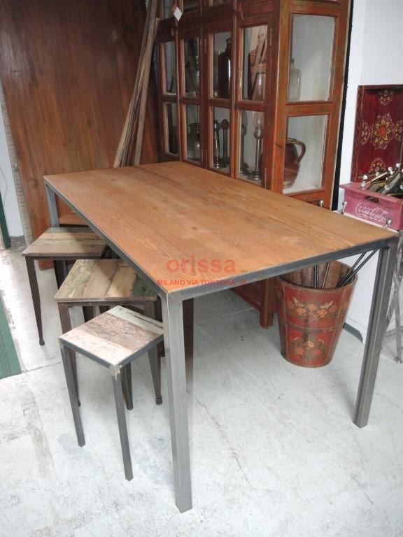 Tavolo piano in teak struttura ferro battuto cole0175 orissa milano - Tavolo legno e ferro ...