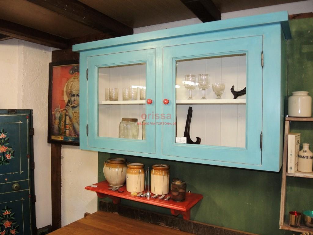 Verniciare pensili cucina ischia di del tongo una grande cucina in stile country realizzata in - Verniciare i mobili della cucina ...