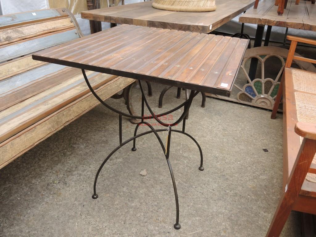 Tavolo base ferro piano legno per esterno per terrazzi for Sedie in ferro e legno