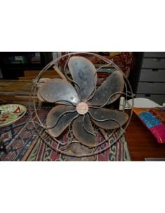 Ventilatore in ferro epoca coloniale