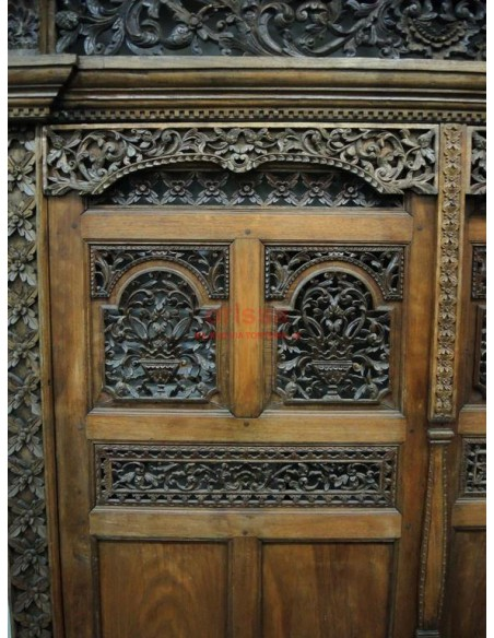 Portale Indonesiano Antico
