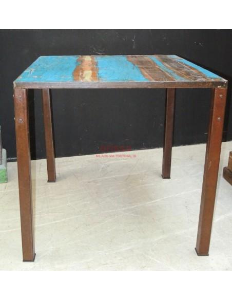 Tavolo ferro e assi colorate