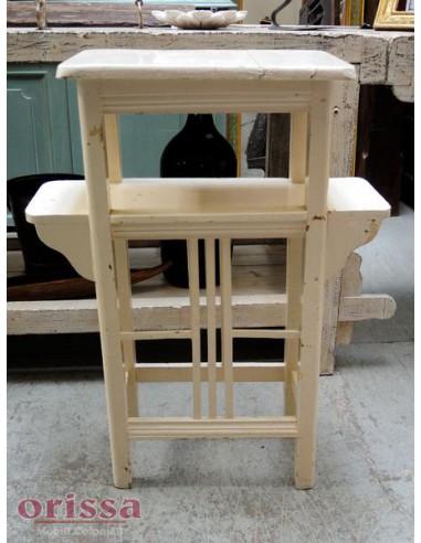 Mobile porta vasi i legno bianco