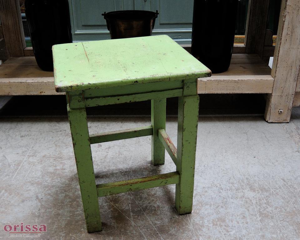Sgabello shabby colore verde u orissa milano