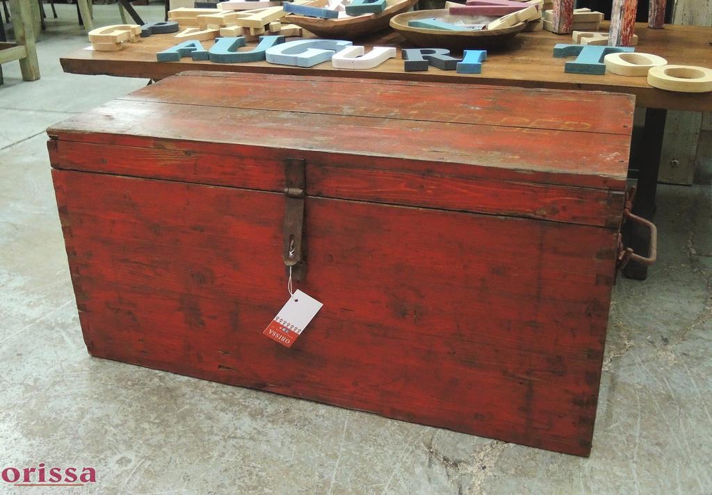 Baule legno massello colore rosso U019 - Orissa Milano
