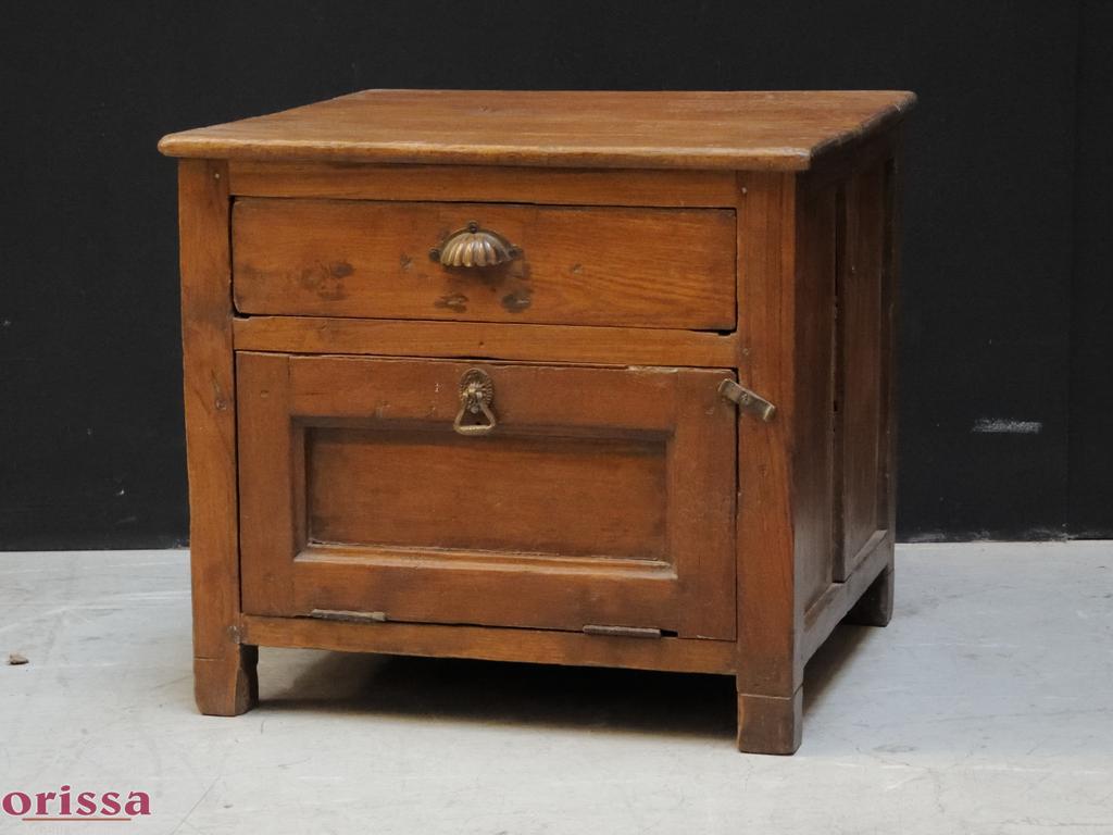 Comodini legno noce - Mobili e accessori per La casa - Kijiji ...