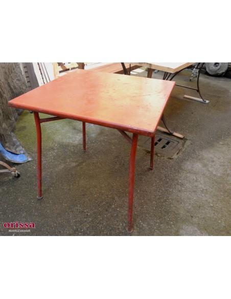 Tavolo ferro colore rosso