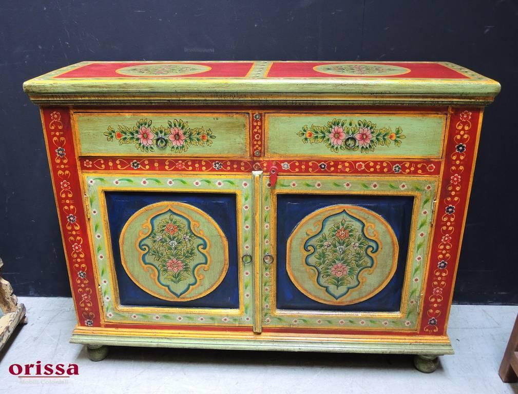 Credenza Con Vetrina Etnica : Credenza etnica decorata in legno massello qm orissa milano