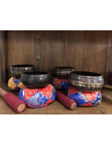 Campana tibetana in metallo
