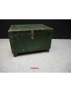 Baule in legno colore verde