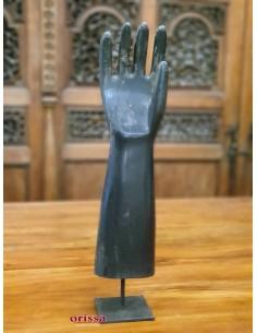 Imagén: Mano destra in legno con piedistallo