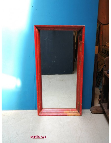 Specchio etnico rosso