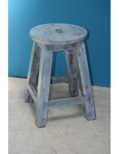 Sgabello in legno colore azzurro