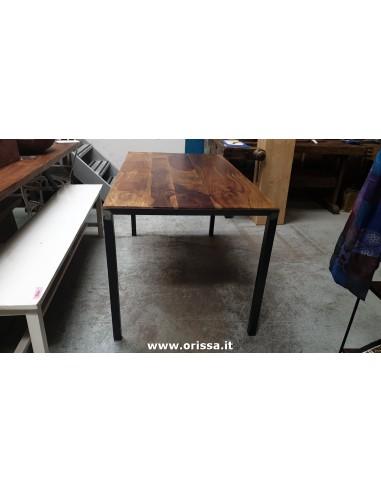 Tavolo industrial con top in legno...