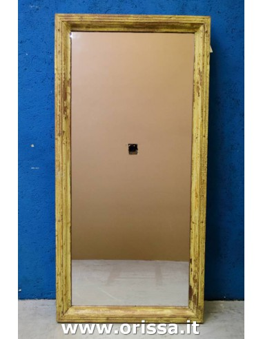 Cornice specchio gialla