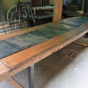 tavolo rustico legno e ferro