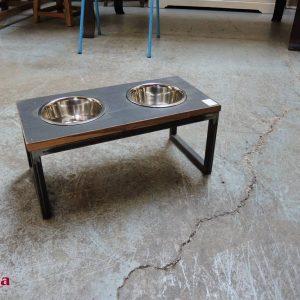 mangiatoia cane industrial