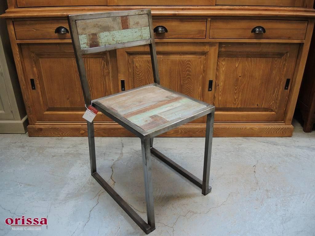 Arredamento industrial librerie e tavoli ferro e legno for Sedie in ferro e legno