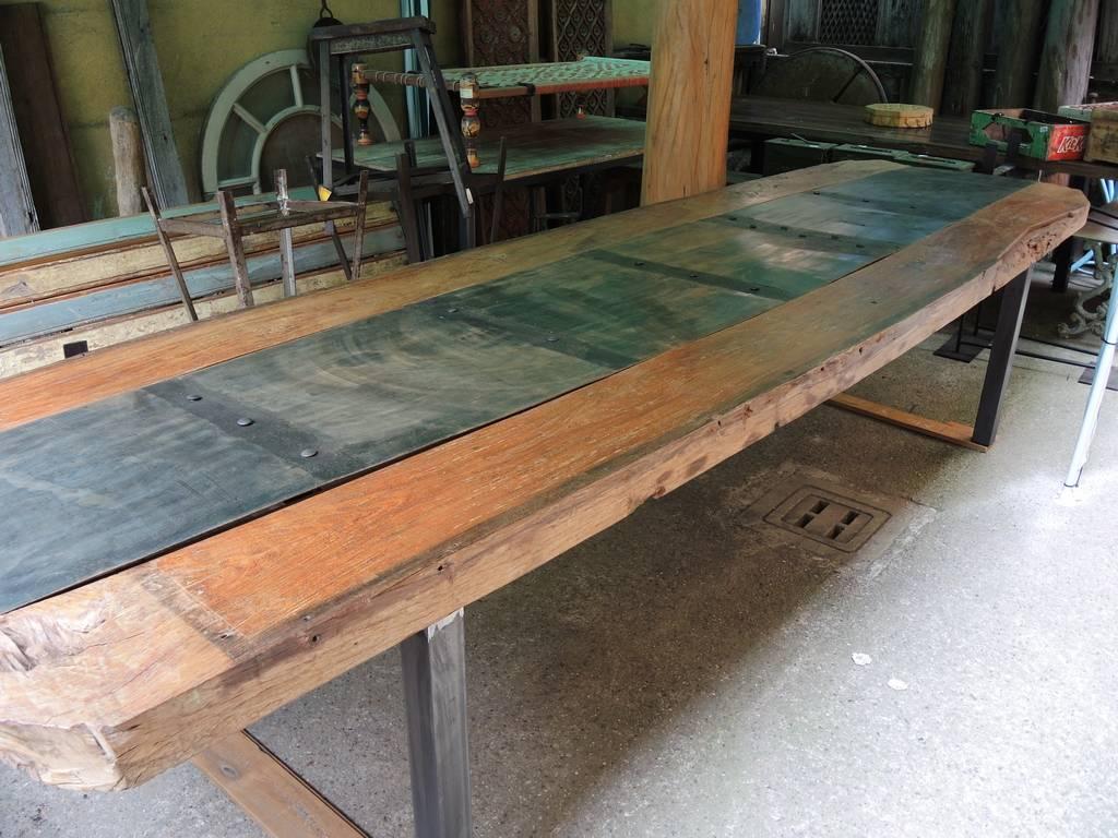 Tavolo Stile Industriale : Arredamento industrial librerie e tavoli ferro e legno orissa milano